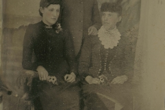 Tin-type-09-Two-ladies-and-a-man