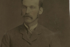 Tin-type-2-Portrait-man-with-rosed-cheeks