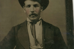 Tin-type-7-Seated-protratd-of-man-in-steep-hat
